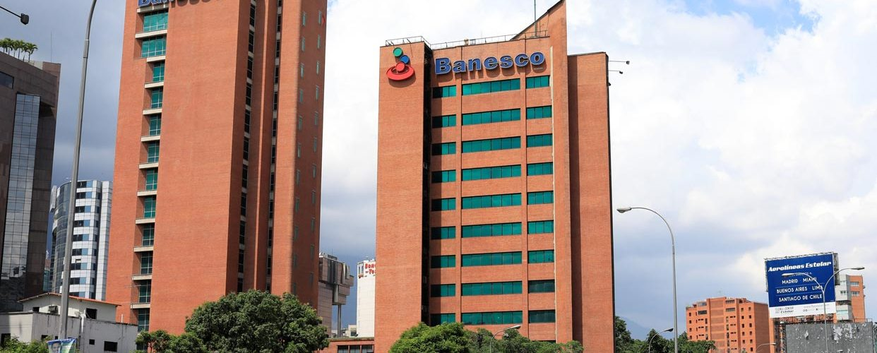 Once ejecutivos de Banesco presos