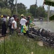 Suben a 110 los muertos accidente de avión