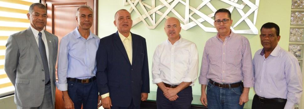 Domínguez Brito visita Coraasan
