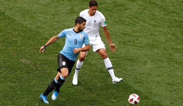 Francia gana frente a Uruguay