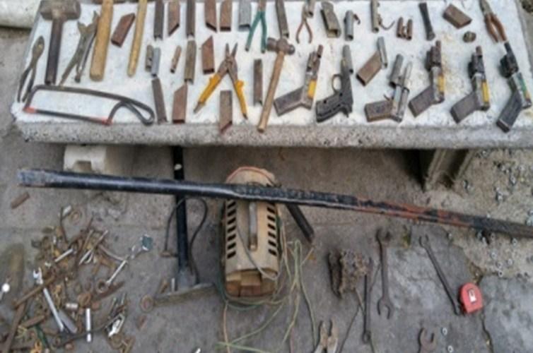 Desmantelan fábrica armas chagones