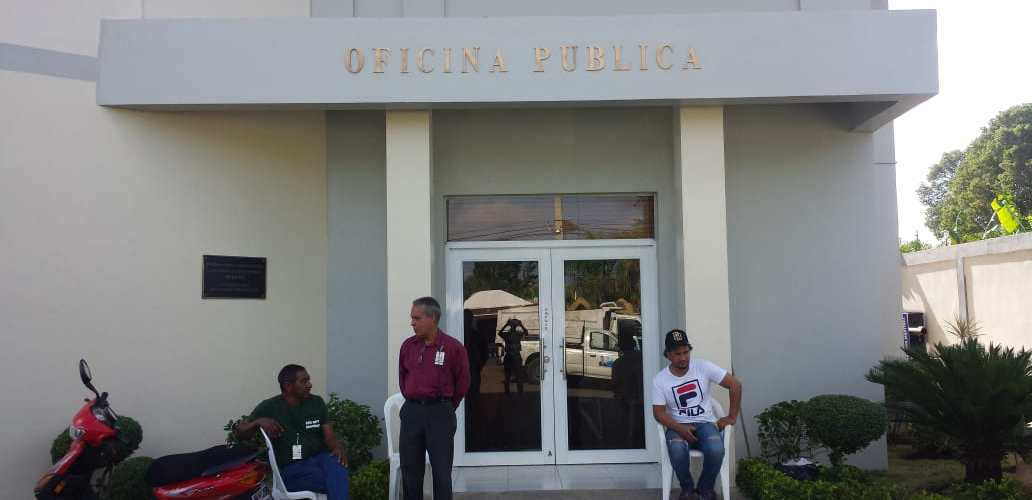 Roban en Junta Distrital de Canabacoa