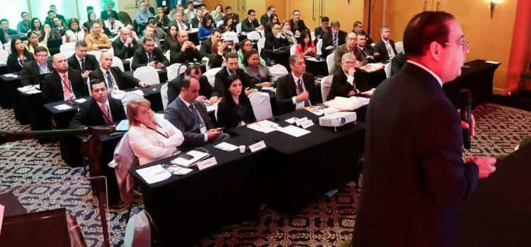 Administrador Edenorte en seminario internacional
