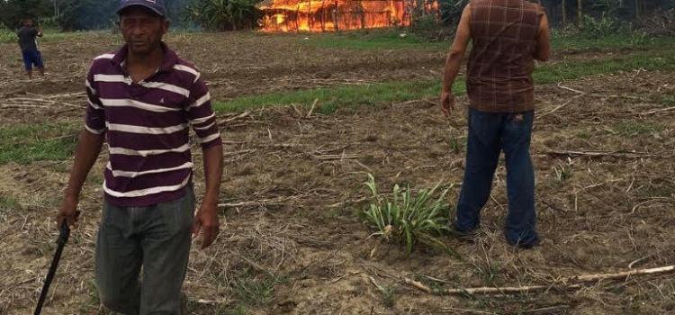 Hombre muere en incendio de su casa