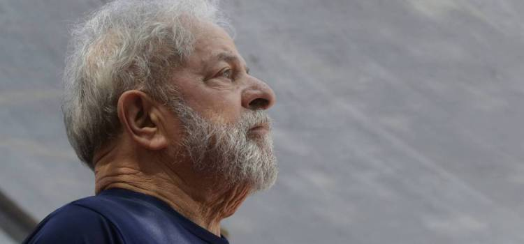 Lula seguirá preso y declina candidatura