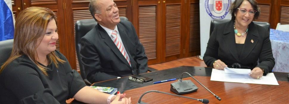 Gobernadora visita instalación de Coraasan