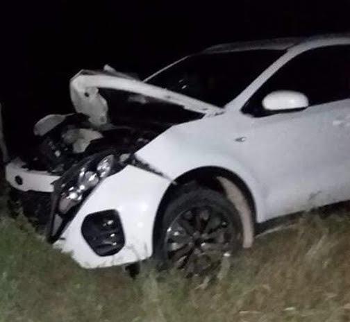 Dos muertos y mujer herida en accidente