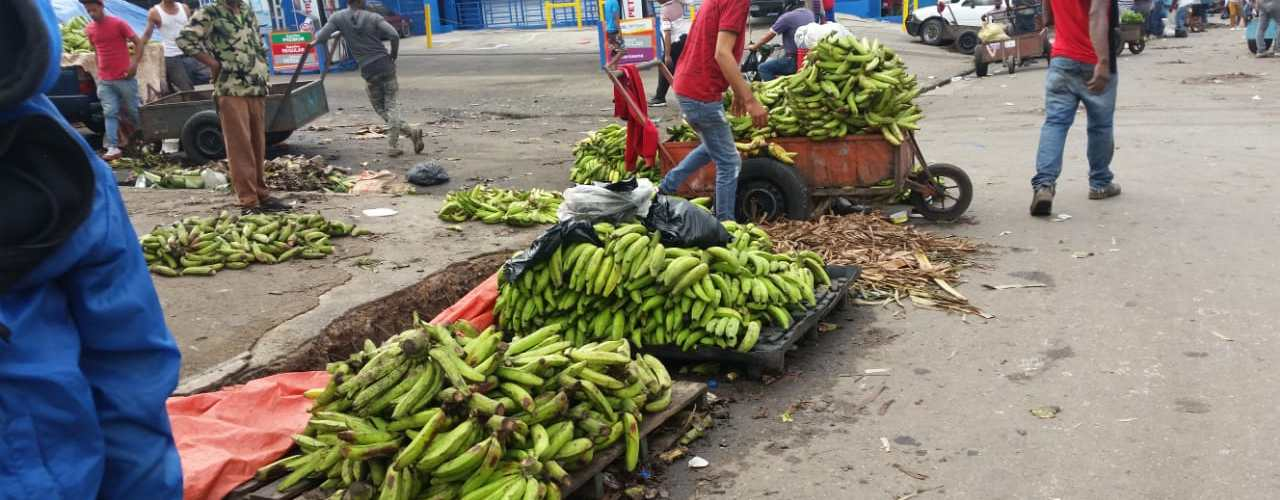 Retiran vendedores de calles hospedaje Yaque