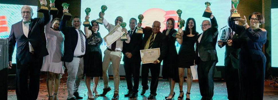 Periodista Salvador Batista gana premio turístico