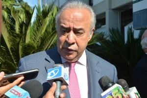 Félix García pide más inversión en Santiago