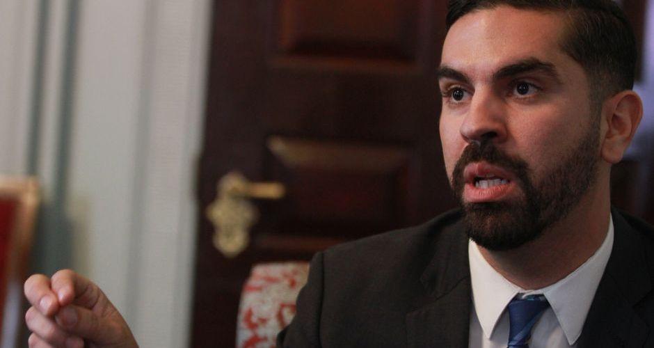 Concejal Espinal aspira a defensor del pueblo