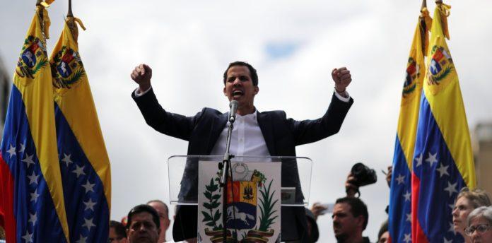 Guaidó dice preparan envío ayuda humanitaria