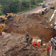 Trabajan en la solución falla autopista Duarte