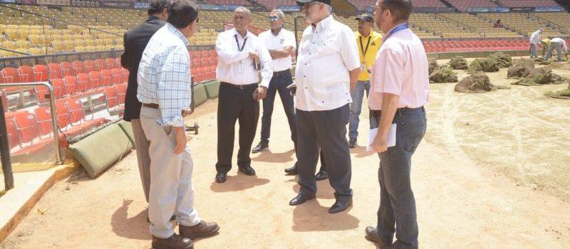 Evalúan situación de estadio Cibao