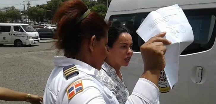 Varían coerción mujer acusan varios delitos