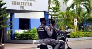 Policía persigue prófugo