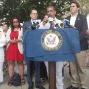 Espaillat reclama a senado ley control armas