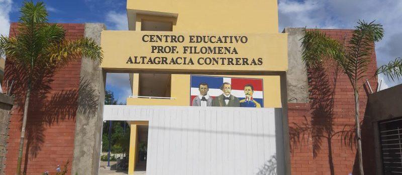 Peña Mirabal anuncia terminación de escuela