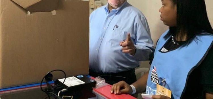 Fernando Rosa dice limitan votos de ancianos
