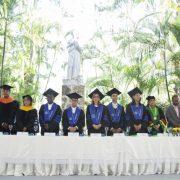 Ucateci celebra su graduación número 68