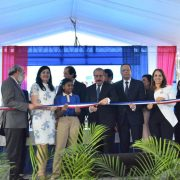 Medina inaugura cinco centros escolares