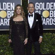 Tom Hanks comparte noticias con seguidores