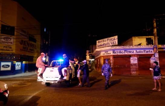 Apresan grupo violó toque de queda zonas del Cibao