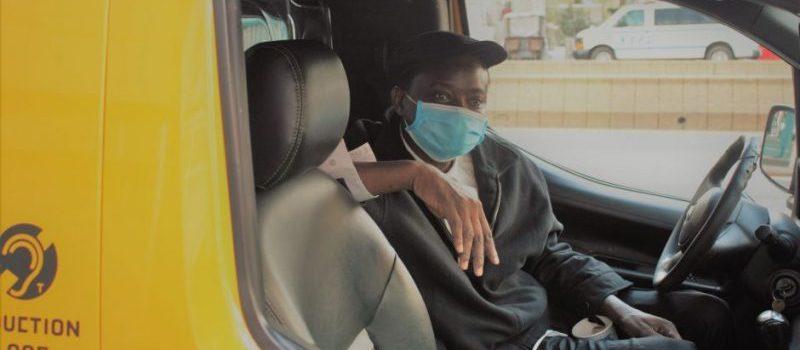 Taxistas amarillos casi al quebrar por virus