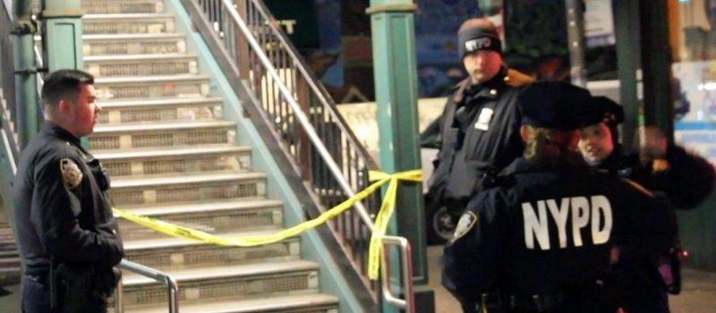 Matan hombre a puñaladas en tren Brooklyn