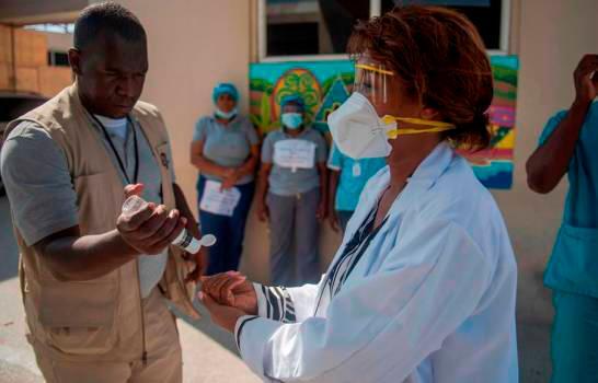 Virus sigue avance en Haití; van 27 personas enfermas