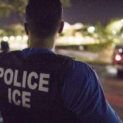Juez decide que sigan presos inmigrantes a pesar de virus