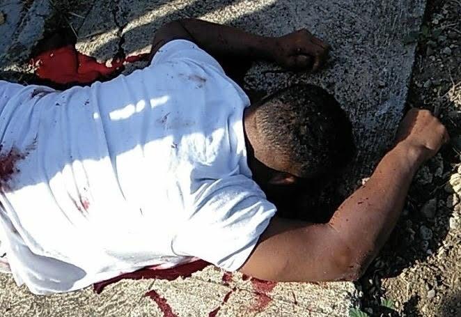 Desconocidos asesinan a tiros ex oficial policial La Soga