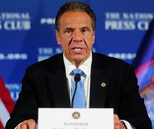 Gobernador Cuomo arremete otra vez contra Donald Trump