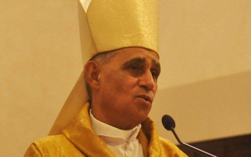 Monseñor Bretón lamenta coincidan comicios y virus