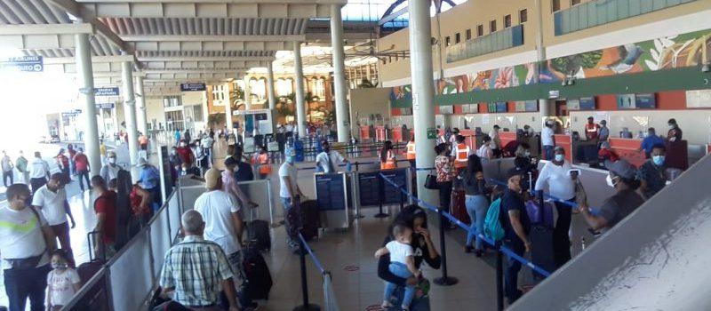 Aeropuerto Cibao de nuevo comienza a funcionar