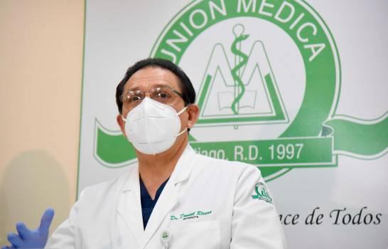 Virus ataca personal de salud clínica Unión Médica