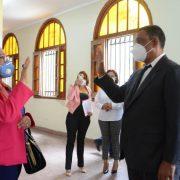 La gobernadora Rosa Santos juramenta director Inposdom
