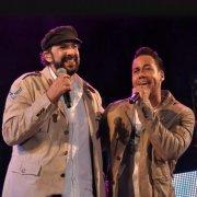 Juan Luis y Grupo Aventura en lista mejores canciones
