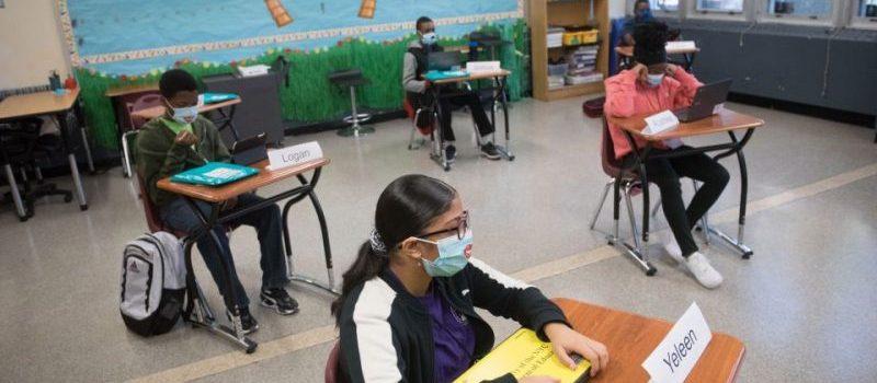 Pocos contagios tras apertura escuelas en NY