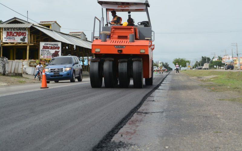 Reinician la reparación de toda la autopista Duarte