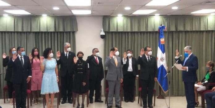 Nuevo presidente JCE pide al país voto de confianza