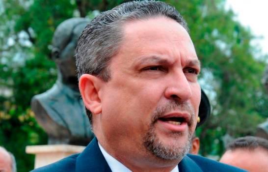 Comete suicidio exfuncionario gobierno Danilo
