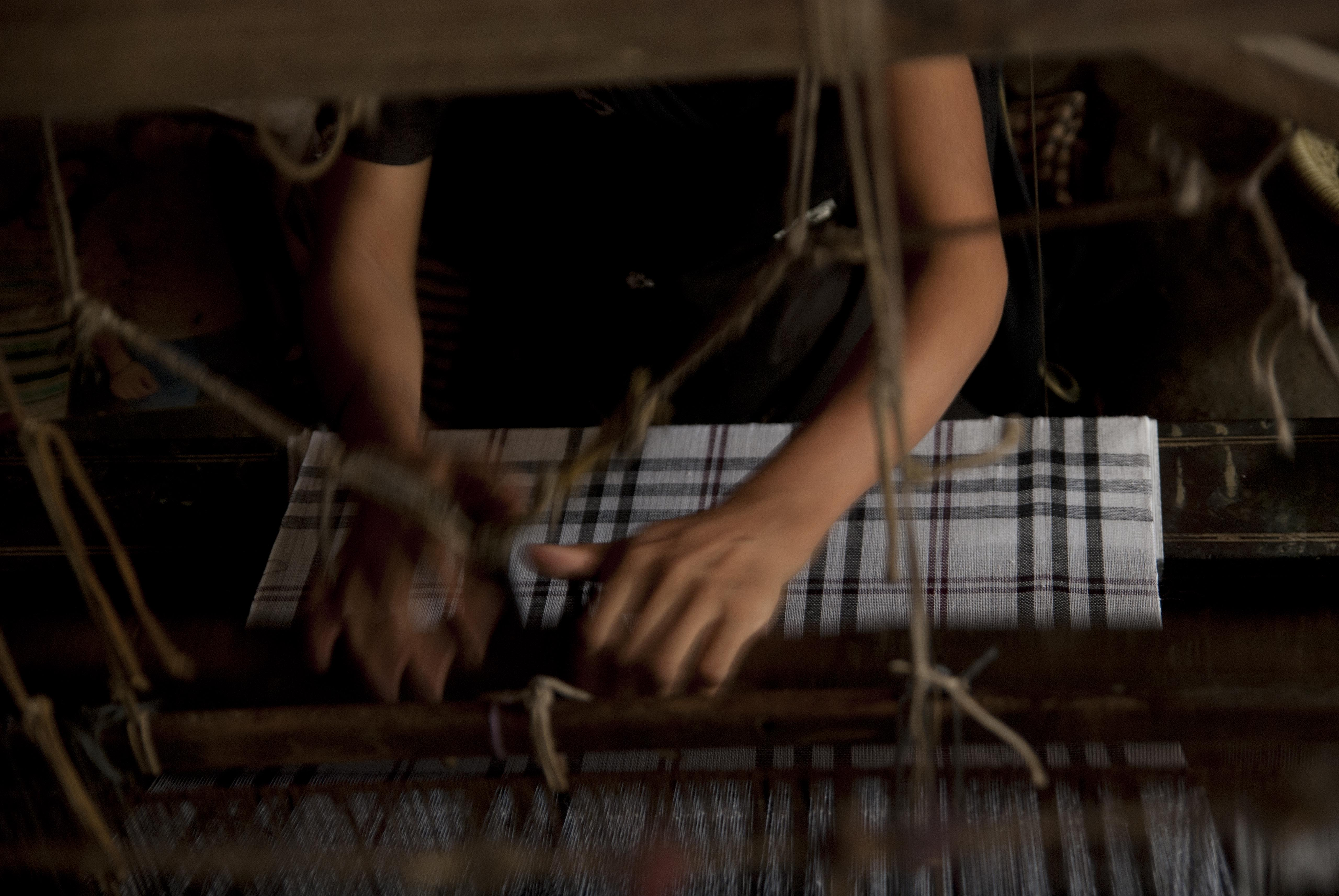 cotton handloom from baragaon weaves
