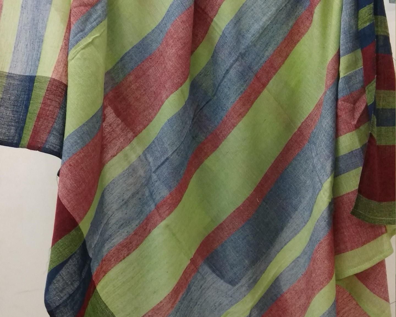 https://baragaonweaves.com/wp-content/uploads/2020/06/SF-12-handloom-cotton-scarf-india.jpg