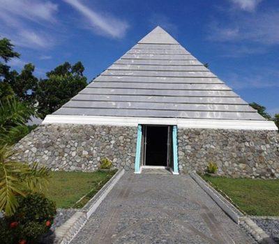Pyramida Asie