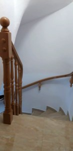barandilla madera curvada