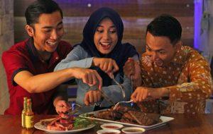 Rayakan HUT RI Barapi Meat & Grill Luncurkan Promo MERDEKA MAKAN STEAK SEPUASNYA