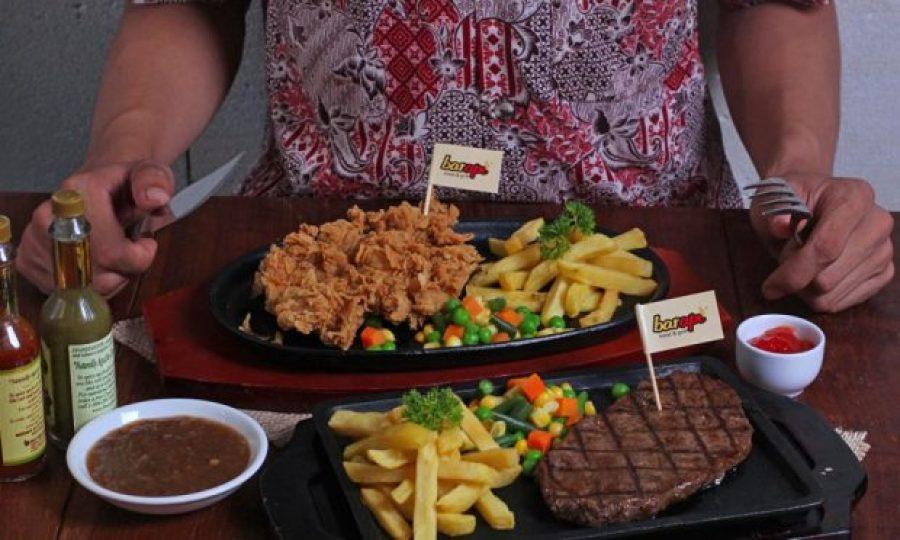 Barapi Gratiskan Steak di Hari Batik