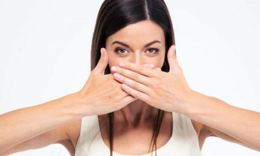 Bikin Tidak Nyaman, Ini 9 Cara Menghilangkan Bau Mulut Setelah Makan Daging