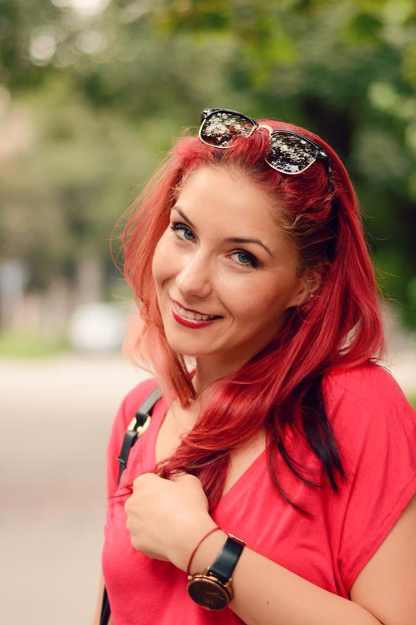 clubmaster redhead
